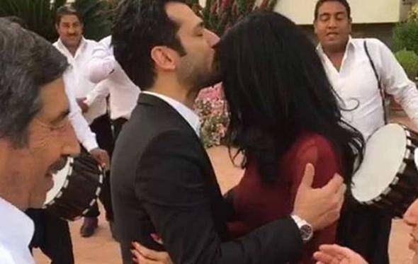 مراد يلدريم يحتفل بخطوبته.. وأردوغان يطلب يد العروس له