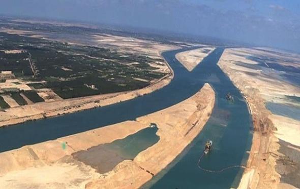وفد رجال أعمال صيني يزور محور قناة السويس