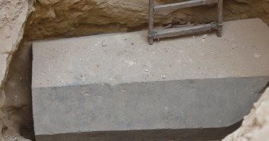 صور.. محافظ الإسكندرية: حتى الآن لم يتم فتح التابوت الأثرى.. والاثار تشكل لجنة لفحصه
