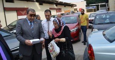 وزير القوى العاملة يتفقد سير العمل بالوزارة ويبحث مستحقات مواطن بالعراق