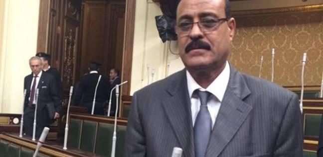 """بعد رفع الحصانة عنه.. حبس صلاح عيسى في """"رشوة الجبانات"""""""