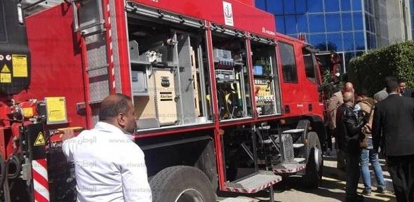 السيطرة على حريق بسيارة نصف نقل في الفيوم