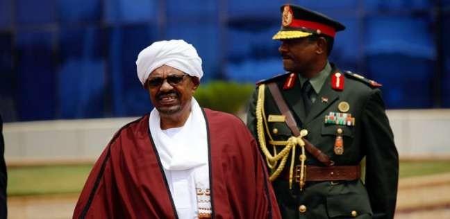 """صحيفة سودانية: """"البشير"""" يبكي بحرقة في السجن لمناداته بـ""""المخلوع"""""""
