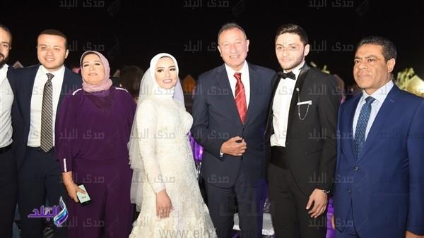 بحضور الخطيب ونجوم الأهلي.. 40 صورة من زفاف كريم نيدفيد