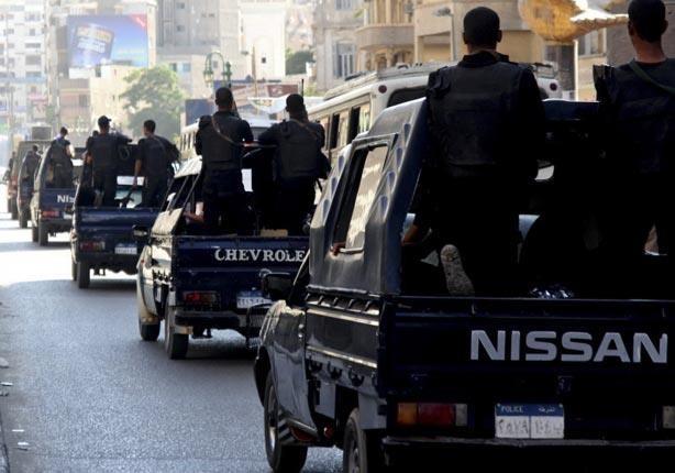 مصرع شخصين وقفز 3 متهمين من سيارة أعلى كوبري في مطاردة مع الأمن بالقليوبية
