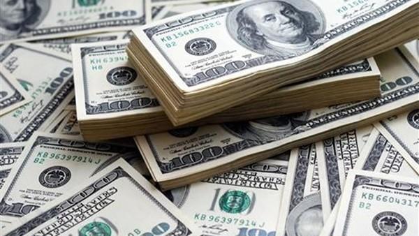 بعد أكبر تراجع خلال عامين.. لجنة برلمانية تكشف موعد هبوط الدولار لـ15 جنيها