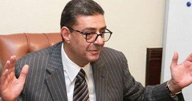 محمود طاهر يحضر المران المسائى للأهلي بالتتش