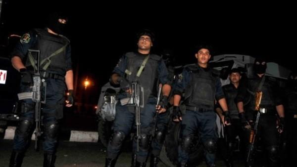 إصابة 8 أشخاص في مشاجرة بالأسلحة بين أهالي البساتين بسبب فتاة