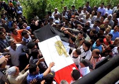 جنازة شهيد الشرطة تتحول لمظاهرة ضد الإرهاب بالغربية