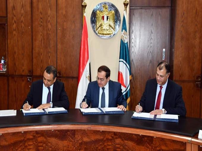 مصر توقع اتفاقية مع «بي بي» البريطانية للبحث عن البترول والغاز في خليج السويس