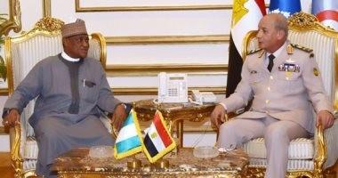 صور.. وزير الدفاع يلتقى نظيره النيجيرى لبحث مستجدات الساحتين الإقليمية والدولية