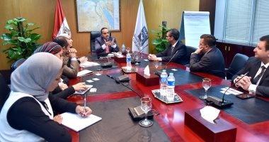 الاستثمار: مرسيدس ترغب فى التوسع بمصر وإندومى تدرس إنشاء مصنع جديد