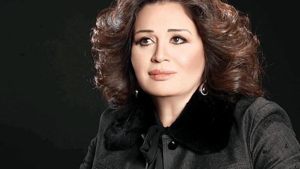إلهام شاهين: رفضت مشاركة «يوم للستات» في مونبيليه ليلحق بـ «القاهرة السينمائي»