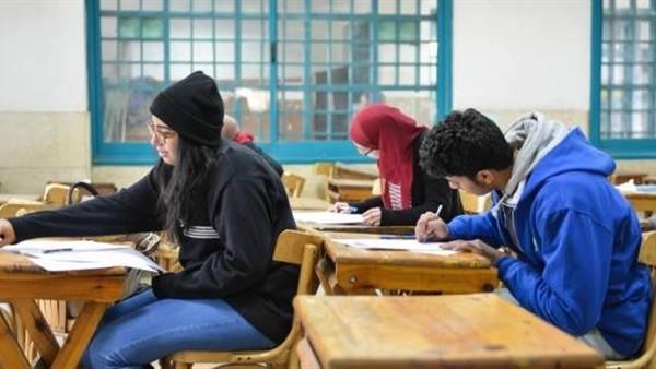 حدث ليلاً.. تأجيل الامتحانات بسبب حرارة الجو.. وقناة مجانية لبث أمم أفريقيا