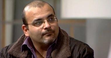 """أيمن بهجت قمر يهنئ عمرو دياب وفريق عمله على ألبوم """"معدى الناس"""""""