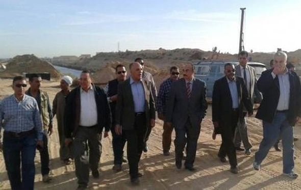 وزير الري يطمئن على استعدادات مواجهة السيول في غرب الدلتا والإسكندرية