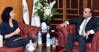 الرئيس التنفيذى للهيئة العامة للاستثمار يلتقى سفيرة سلوفينيا بالقاهرة