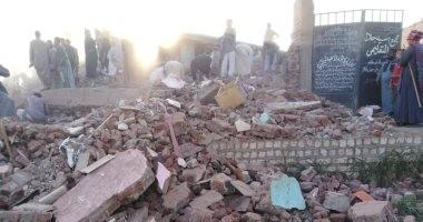 محافظ أسيوط: استخراج 3 وفيات و9 مصابين من تحت أنقاض المنزل المنهار