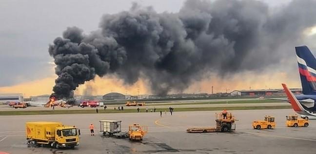 مصرع 3 بريطانيين وآخر أفريقي عقب سقوط طائرة بالقرب من مطار دبي