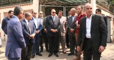 محافظ القاهرة يوجه بتوفير البدائل قبل غلق كوبرى السيدة عائشة ومنع الإشغالات