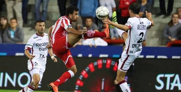 بالفيديو| تريزيجيه يصنع فرصا تهديفية في مباراة سلبية