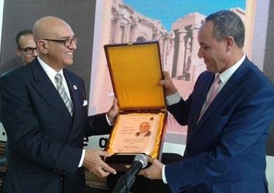 وزير الثقافة الجزائري: «سلماوي» قامة ثقافية كبرى في الوطن العربي