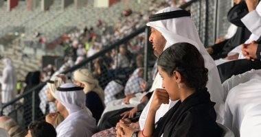 فيديو وصور.. محمد بن زايد يحتفل بفوز الإمارات على قيرغيرستان وسط الجمهور