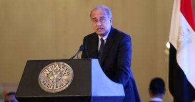 رئيس الوزراء يبحث مع المدير الإقليمى لفودافون زيادة استثماراتها فى مصر