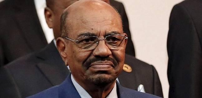 عاجل| البشير يحل الحكومة السودانية ويخفض عدد الوزارات من 31 إلى 21