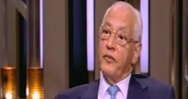 على الدين هلال: الإخوان أجبروا رجال الأعمال على بيع مصانعهم لصالح الجماعة