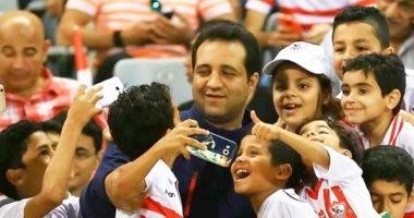 أحمد مرتضى يدعو مشجع كفيف لزيارة نادى الزمالك