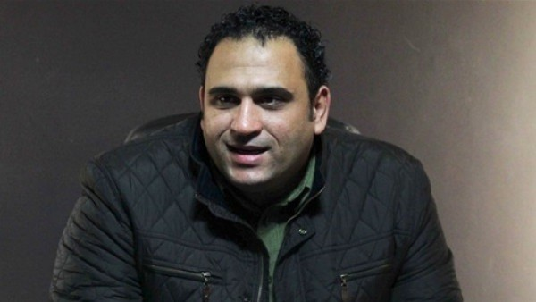 كل سنة وأنا طيب.. أكرم حسني يحتفل بعيد ميلاده بنشر صورة نادرة