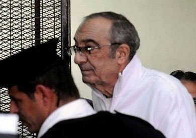 25 فبراير.. الحكم على زكريا عزمي في اتهامه بـ«الكسب غير المشروع»