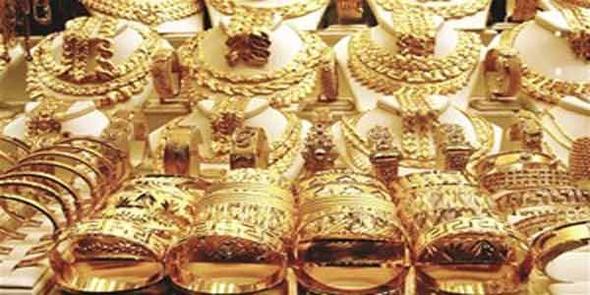 خادمة تسرق 65 قطعة ذهبية بالنزهة