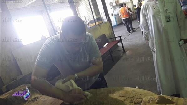وفد من وزارة الآثار يتوجه إلى الكويت لفحص التابوت المهرب