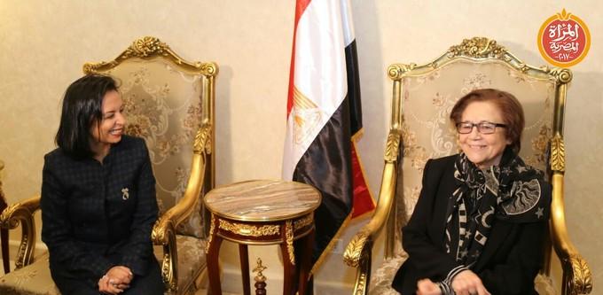 مايا مرسي تستقبل المناضلة الجزائرية جميلة بو حريد