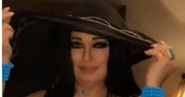 """فيفى عبده عن واقعة """"اللايف"""": لا أهتم.. مركزة فى شغلى وبس"""