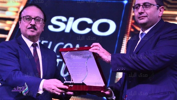 """تكريم وزير الاتصالات في حفل إطلاق أول محمول مصري """"sico"""" .. صور"""