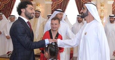 شاهد.. أول صور لمحمد صلاح مع حمدان ومحمد بن راشد باحتفالية الإبداع الرياضى