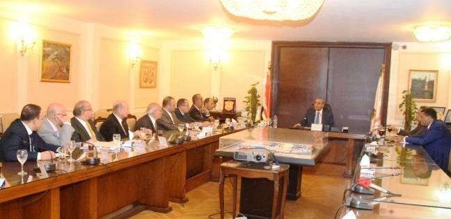 وزير التموين: مخزون السلع الأساسية بشمال سيناء يكفي لـ3 أشهر