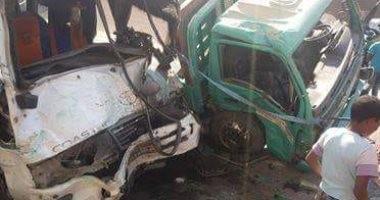 """إصابة 16 شخص فى حادث تصادم سيارتين طريق """"بورسعيد –الإسماعيلية"""""""