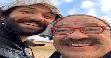 """سيلفى """"بهلول الحمش"""" مع كريم محمود عبد العزيز من كواليس مسلسل هوجان"""