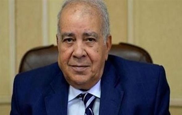 """العجاتي: الحكومة أجبرت على """"تعويم الجنيه"""" و""""خفض رفع الوقود"""""""