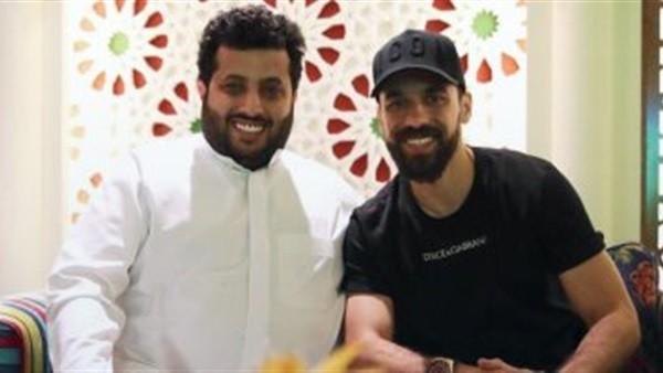 حسام حسن يجهز عبدالله السعيد نفسيا لمواجهة الأهلى