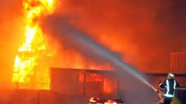 الحماية المدنية تنقذ 5 من أسرة واحدة من حريق بشقة فى المنيل