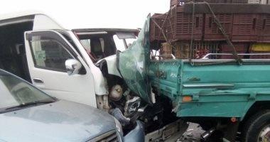 ننشر صور حادث تصادم طريق مصر الإسكندرية الصحراوى وتوقف حركة المرور