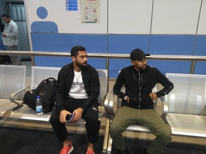 بالصور.. ثلاثي الأهلي يتجه إلى تونس لدعم الفريق في النهائي الإفريقي