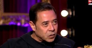 """مدحت صالح: اسمى الحقيقى """"محمد"""".. أول غنائى كان ورا رقاصة"""