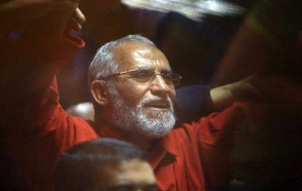 """تأييد المؤبد لمحمد بديع في قضية قطع طريق """"قليوب"""""""