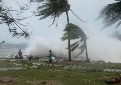 الإعصار مانجخوت يضرب شمال الفلبين ويتسبب في انقطاع الكهرباء